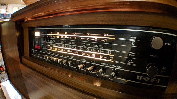 Why we exist - Vintage Stereo Console | HiFi Clinic