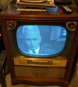 Zenith 19R22 TV