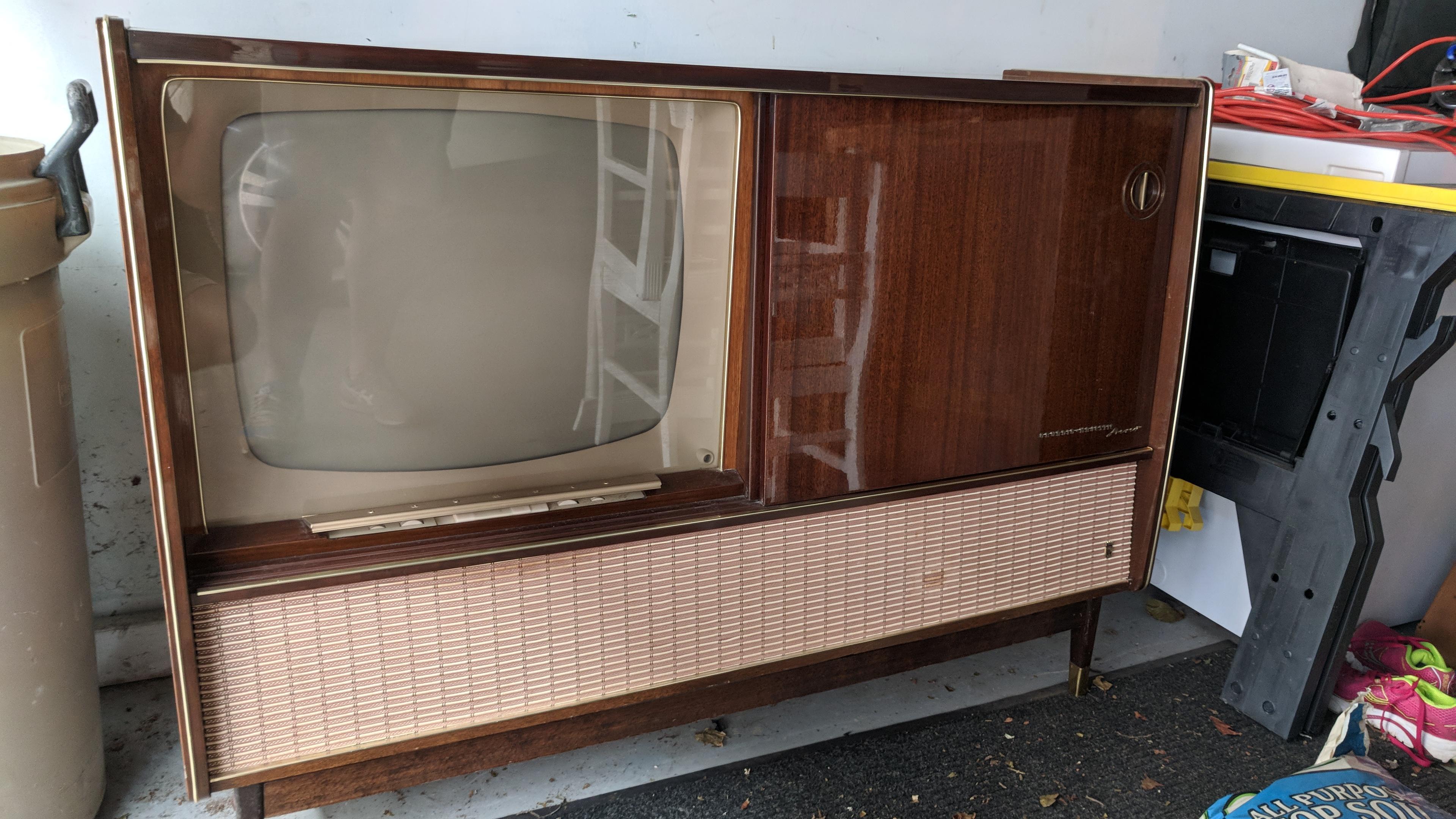 Grundig 59M20 Stereo TV Console